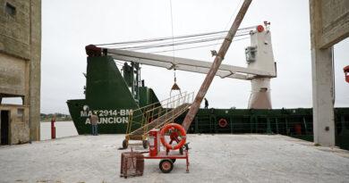 Paso a paso: el puerto de Santa Fe metió tres embarques en 20 días y se afianza como alternativa logística