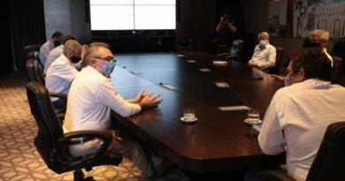 El ministro Costamagna recorrió tambos en la cuenca lechera santafesina y se reunió con directivos de SanCor