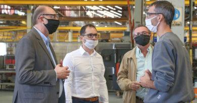 """Para Costamagna, """"todo el aparato productivo de la provincia de Santa Fe hoy está en marcha"""""""