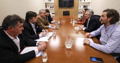 Alberto Fernández confirmó que evalúa un aumento de las retenciones y el sector mantiene la guardia alta