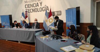 Caminos rurales: Córdoba licita una obra para beneficiar a 120 tambos y cerca de 500 productores