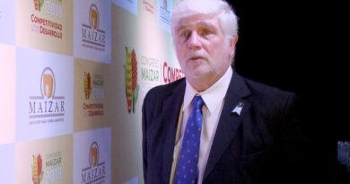 El ministro Basterra plantó a Morelli en el inicio del Congreso Maizar 2021