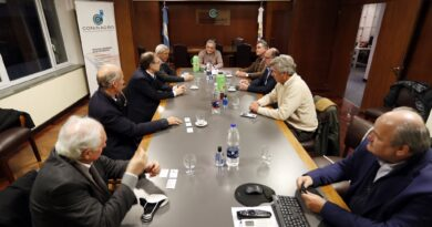 Ante la falta de convocatoria oficial, la Mesa de Enlace se reunió con exportadores por el tema carnes