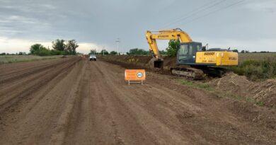 Avanzan los trabajos de pavimentación en la Ruta 63, entre María Juana y Colonia Margarita