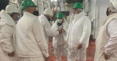 Verifican frigoríficos para la aplicación de la norma que amplía la exportación de carne a China